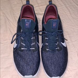 Women's Nike Running Shoes (Never Worn)